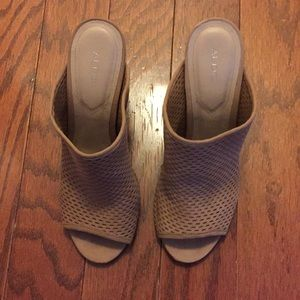 ALDO heeled sandals in excellent condition